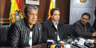 Novillo recomienda a Transparencia de ENDE investigar proceso de contratación de Miguillas