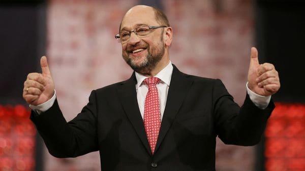 Partido de Merkel vence en regionales a socialdemócrata Schulz