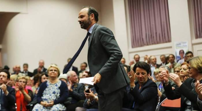 El nuevo primer ministro francés, Édouard Philippe, en un acto electoral en su ciudad, Le Havre