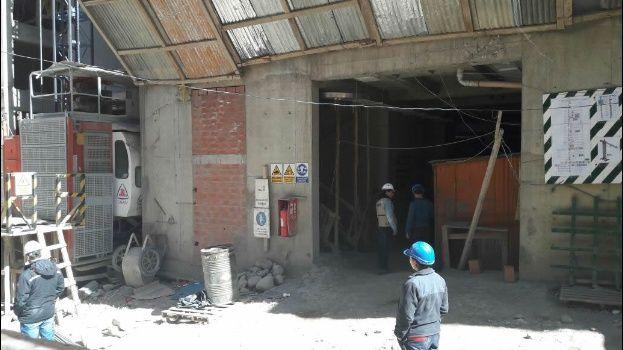 Trabajo investiga caída de obrero en construcción del nuevo palacio de gobierno