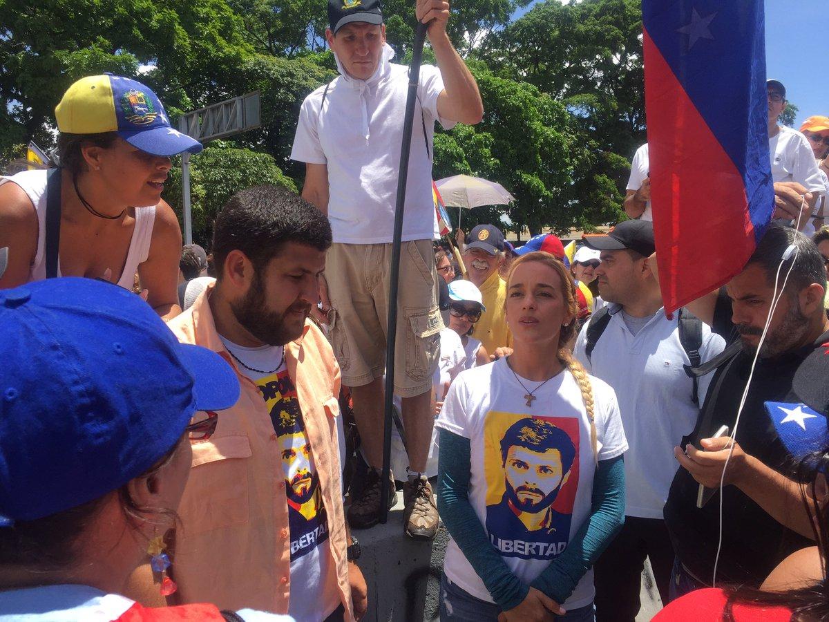 Lilian Tintori afirma que Leopoldo López está bien de salud