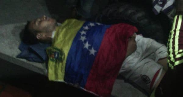 Alejandro Aguilar, joven asesinado por colectivos chavistas. (Twitter)