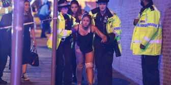 Investigan si uno de los cuerpos hallados tras la explosión en Manchester es del atacante suicida