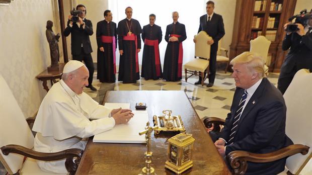 Tras su reunión con el papa Francisco, Trump dice estar