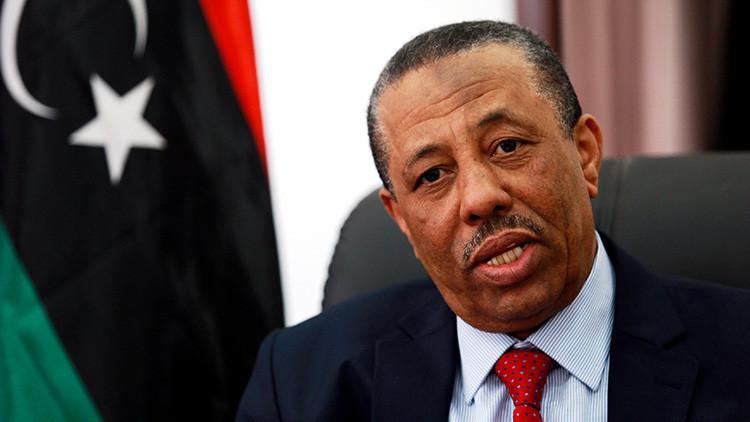 El ex-primer ministro libio afirma haber alertado a Londres de la presencia de terroristas