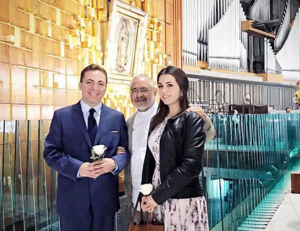Foto: Cristian Castro en una imagen de su boda. (Twitter)