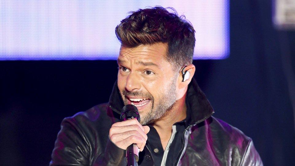 Ricky Martin envía mensaje a Venezuela durante concierto