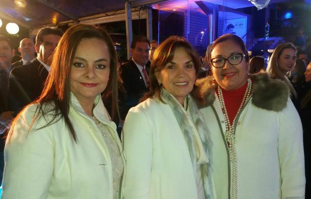 Sandra Velarde, María Ruth Bravo y Rossy Valencia