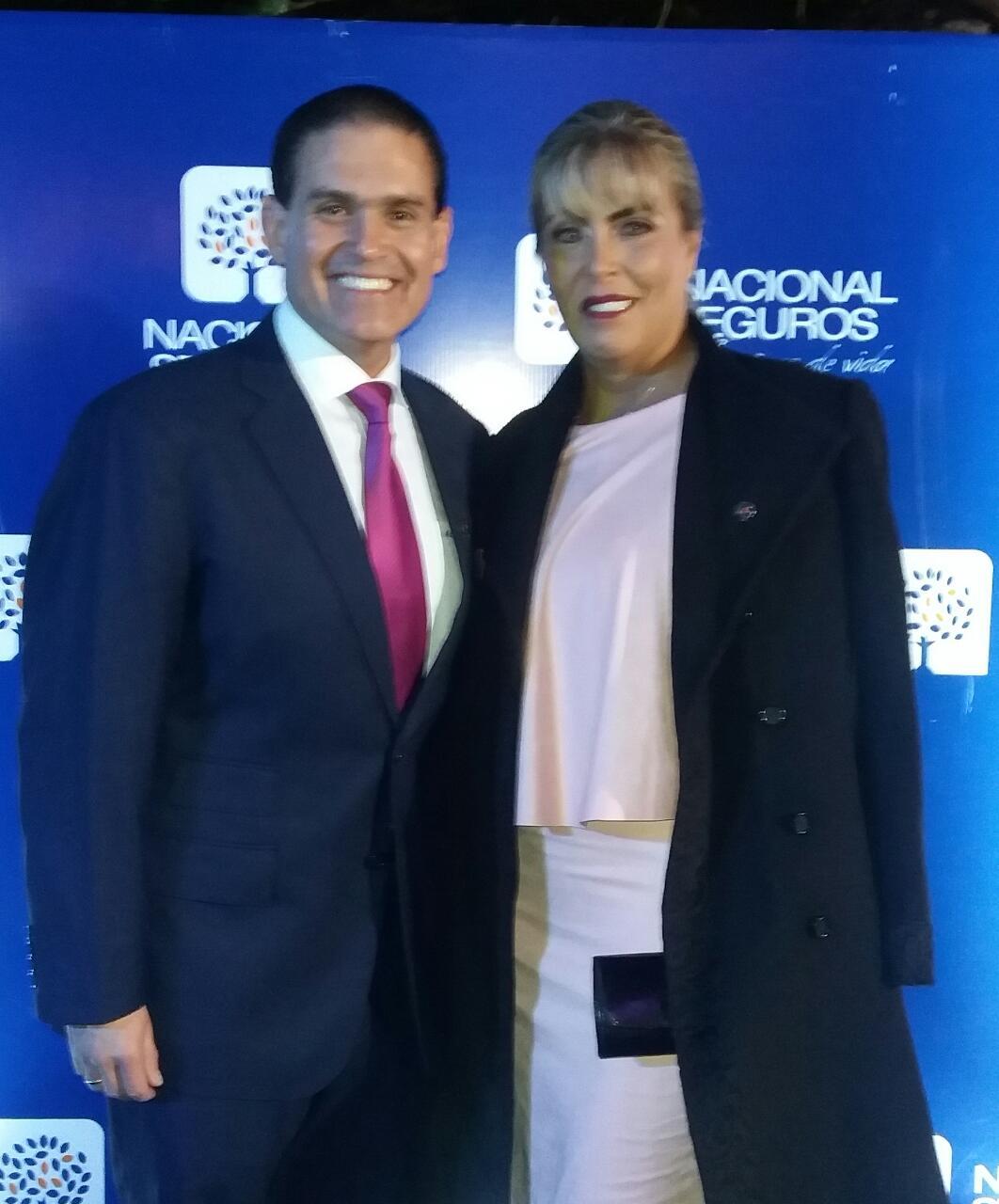José Luis Camacho y Paula de Camacho