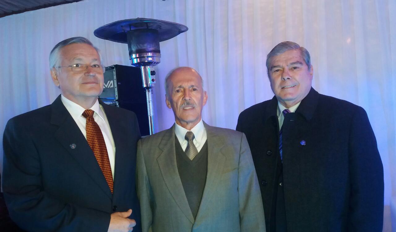 Ismael Serrate, José Luis Camacho y Miguel Angel Antelo