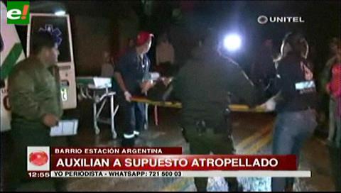 Policía auxilia a una persona que se encontraba herida en plena vía pública