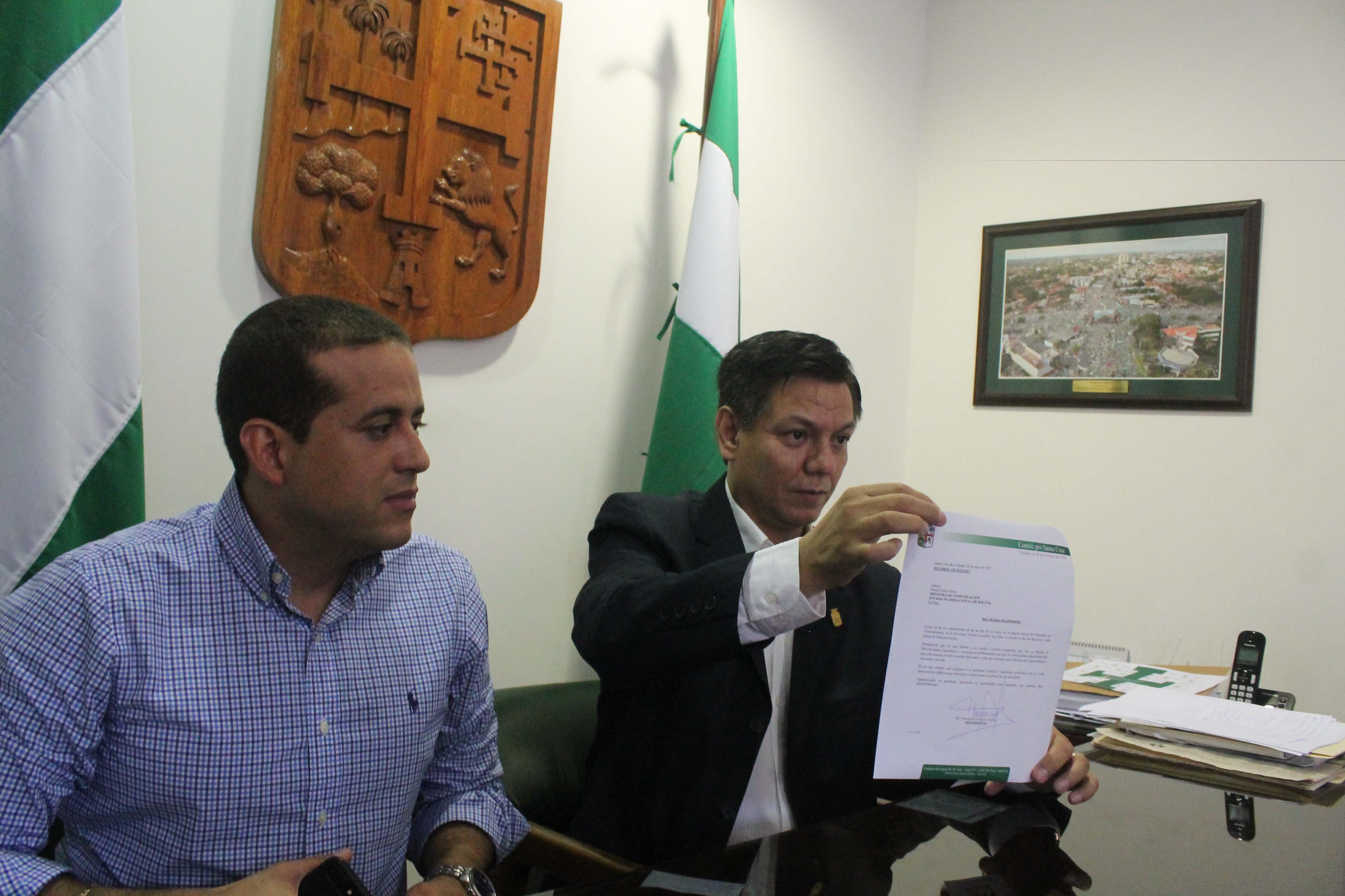 Luis Fernando Camacho y Fernando Cuéllar Núñez