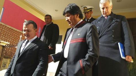 Ronald Nostas, presidente de la Confederación de empresarios Privados de Bolivia, junto al presidente Evo Morales.