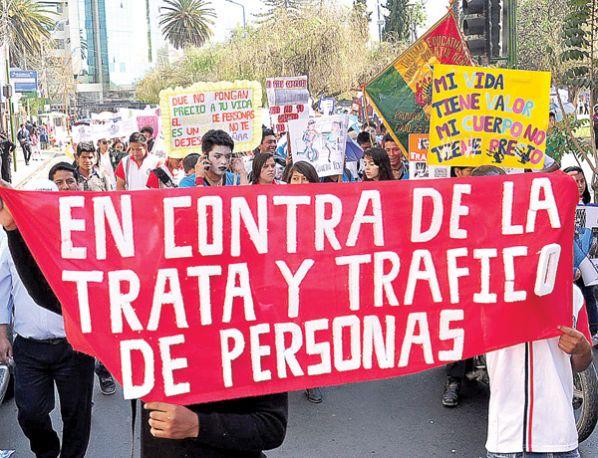 Resultado de imagen de prevención contra la trata y tráfico en Oruro