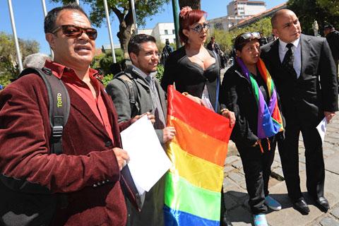 Resultado de imagen de colectivo LGBT EN BOLIVIA