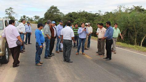 Una comitiva de dirigentes del transporte y funcionarios de la ABC.