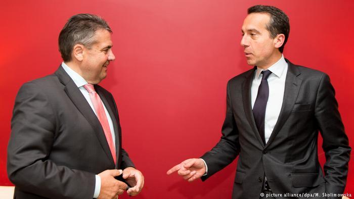 Deutschland Siegmar Gabriel trifft Christian Kern ARCHIV (picture alliance/dpa/M. Skolimowska)