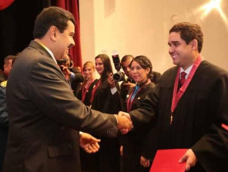 Nicolás Maduro y su hijo