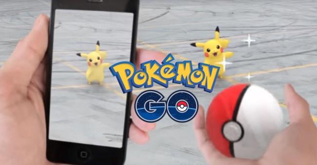 pokemon go con pikachu al fondo