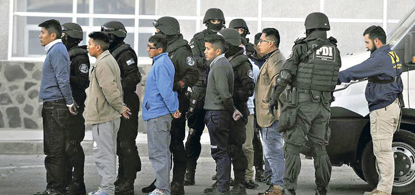 """Bolivianos expulsados tras 101 días de detención: """"No hicimos daño"""""""