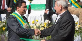 Rubén firma convenio para la nueva represa de San Ignacio