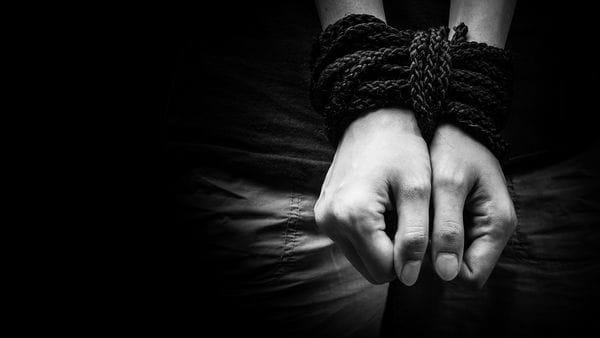 En Chile denuncian banda se dedica al tráfico de migrantes dominicanos