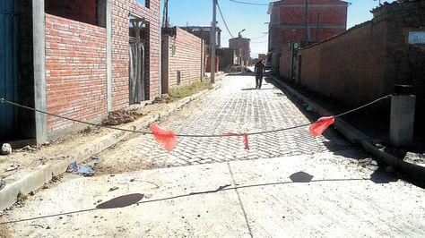 Una calle en la urbe alteña acordonada por la inseguridad.