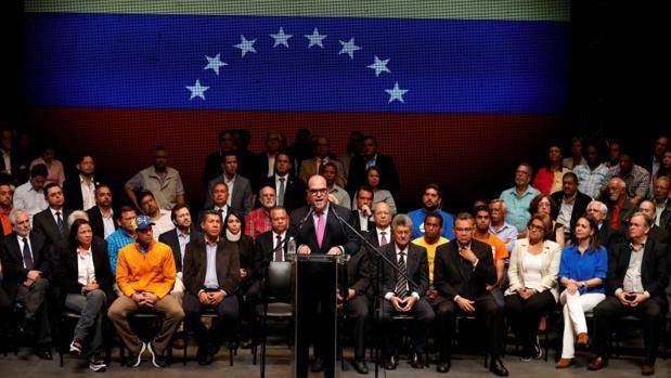 La oposición venezolana ha planteado un referéndum en Caracas