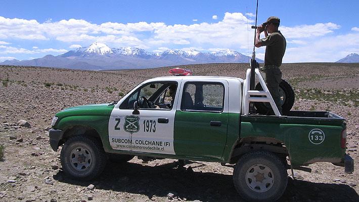 Carabineros detenidos se adentraron 4 km en Bolivia siguiendo a camioneta que no se detuvo en control