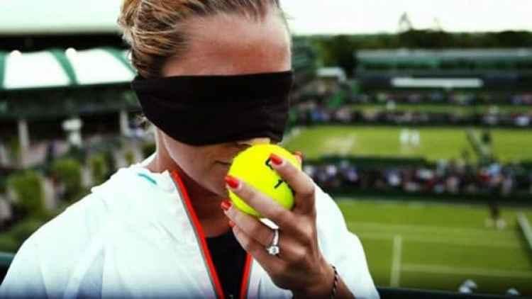 La tenista reconoce la pelotas con el olfato