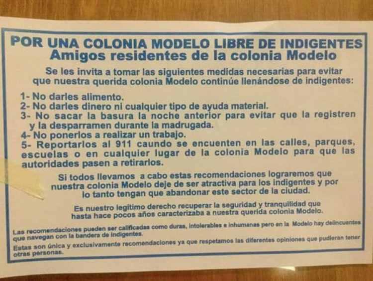 Ejemplo de los volantes pegados en la colonia Modelo (Foto: Facebook)