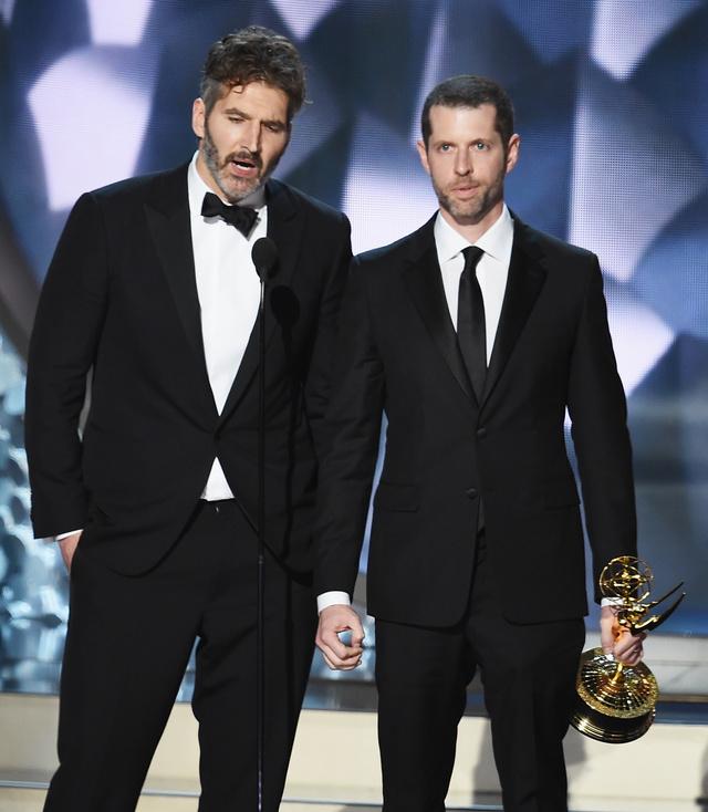 David Benioff y Dan Weiss en la última entrega de los Emmy.
