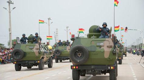 La parada militar 2016 se realizó en Santa Cruz. Foto: archivo ABI