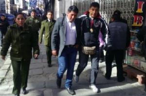 Dictan detención domiciliaria contra dirigente de Achacachi