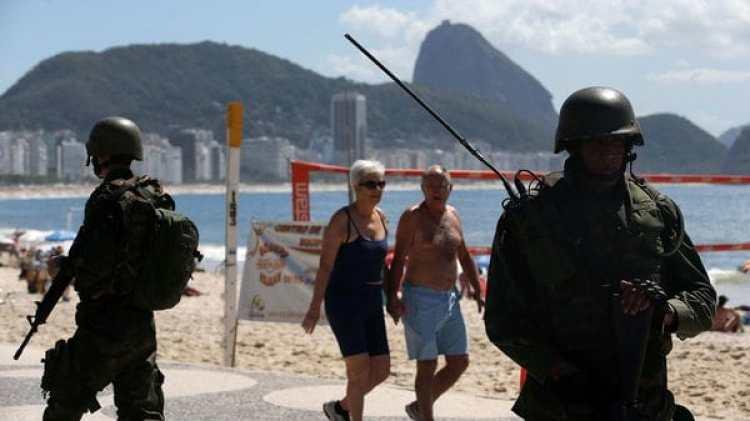 Las Fuerzas Armadas operarán en Río ante la ola de violencia (EFE)
