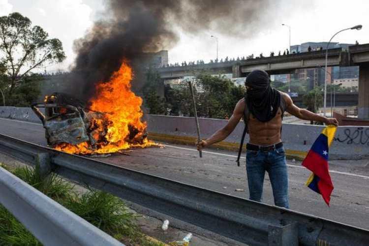 Las protestas contra el régimen de Nicolás Maduro se suceden a diario