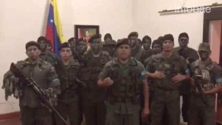 Caguaripano al frente del grupo rebelde