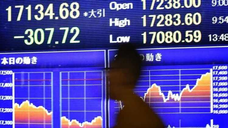 Las bolsas asiáticas sufren su peor caída en el año (AFP)