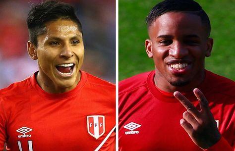 Los delanteros peruanos Raúl Ruidíaz y Jefferson Farfán