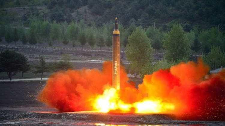 El misil norcoreano Hwasong-12 (Reuters)