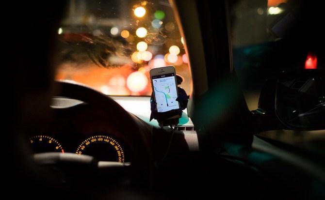Asaltos y violaciones: la cara y cruz de los problemas de Uber en México