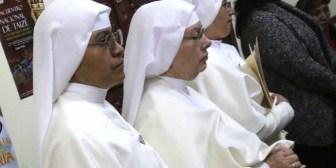 Voluntarios inician campaña para pagar deuda de Siervas de María