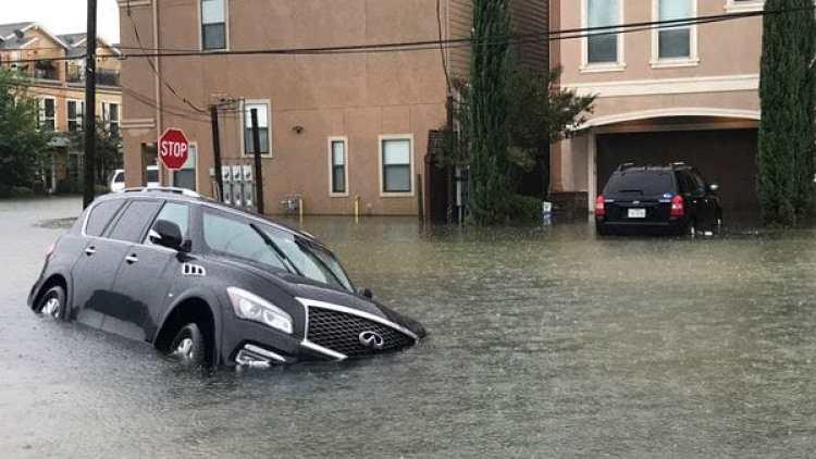 El paso del huracán Harvey inundó varias zonas de Houston, se espera que algo similar, incluso peor, ocurra en la ciudad de Miami. (REUTERS/Ernest Scheyder)