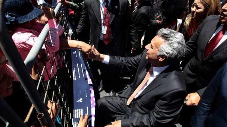 La lejanía que impuso el presidente Lenin Moreno con Rafael Correa le permitió gozar de niveles históricos de aprobación entre los ecuatorianos (EFE)