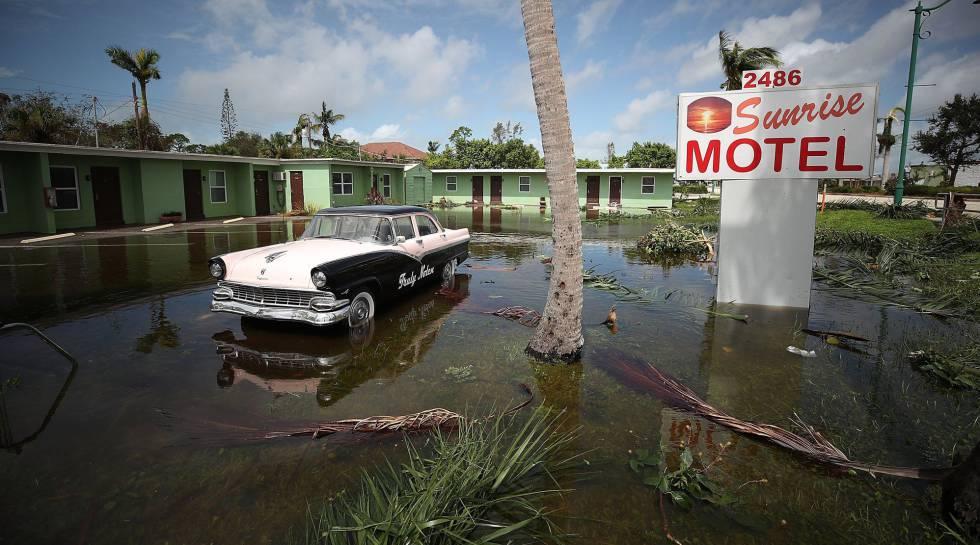 El motel The Sunrise en el este de Naples, Florida, tras el huracán Irma.rn