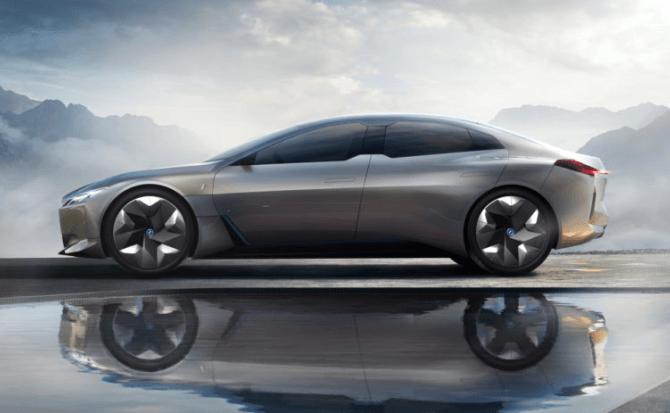 BMW i Vision Dynamics es el concepto con el que quieren plantarle cara a Tesla