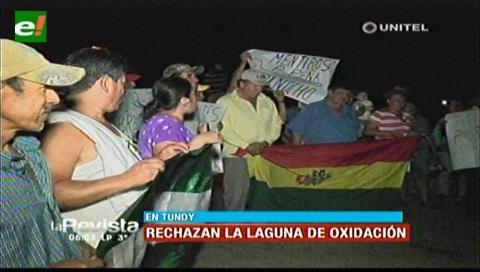 Pobladores de Tundy bloquean la carretera, rechazan la laguna de oxidación