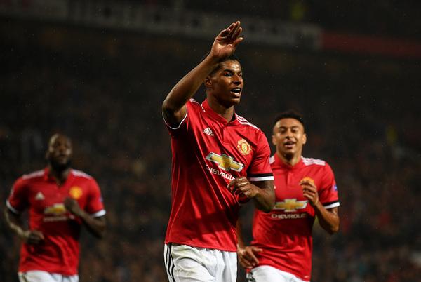 Manchester United derrotó al Basel en una nueva coronación de Rashford