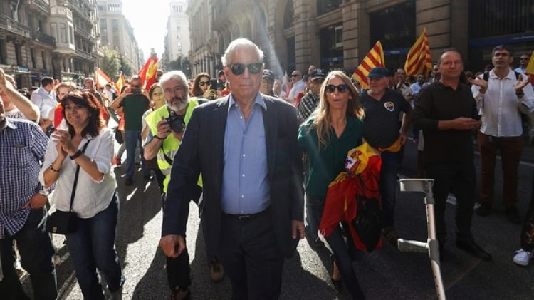 El peruano Vargas Llosa, también ciudadano español, orador principal del acto (Reuters)