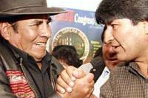 Felipe Quispe y Evo Morales, en 2003.